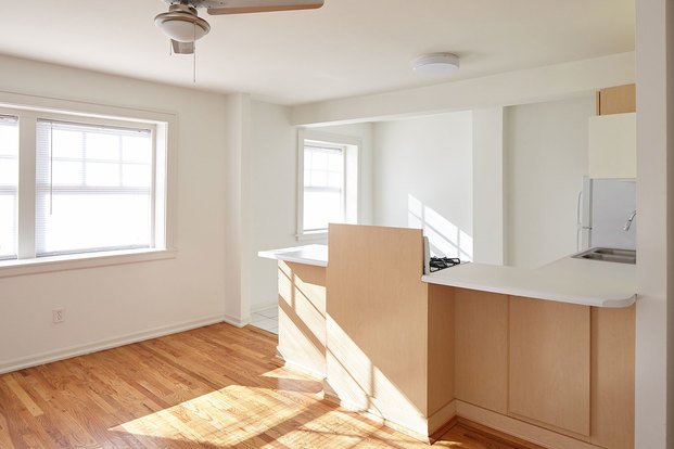 1 Bedroom 1 Bathroom Apartment for rent at Windemere in Kansas City, MO