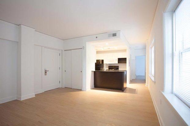 2 Bedrooms 1 Bathroom Apartment for rent at Ambassador in Kansas City, MO