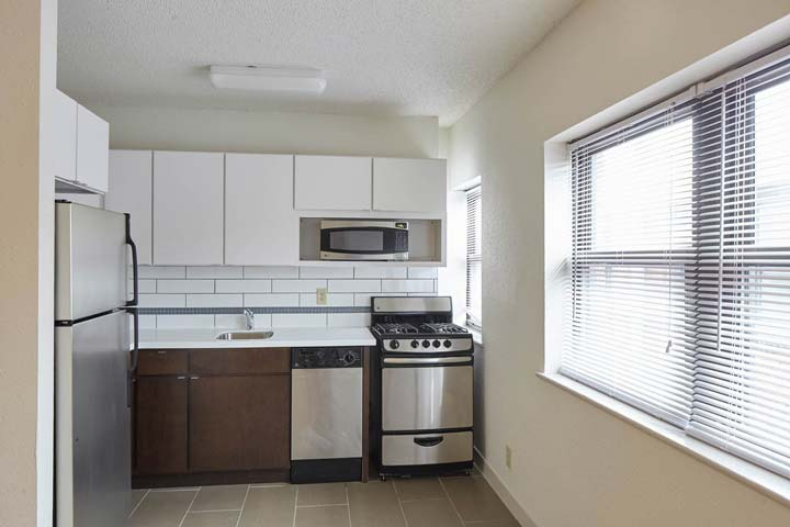 1 Bedroom 1 Bathroom Apartment for rent at Cleopatra in Kansas City, MO