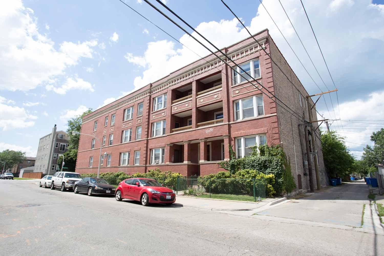 4859 S. Champlain Avenue
