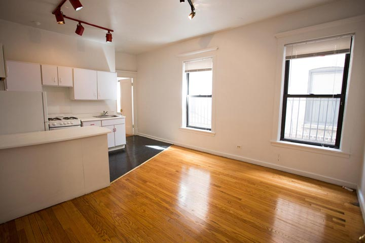 2 Bedrooms 1 Bathroom Apartment for rent at Drexel Terrace in Chicago, IL