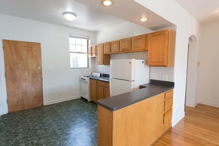 Studio 1 Bathroom Apartment for rent at 5528 S. Cornell Avenue in Chicago, IL