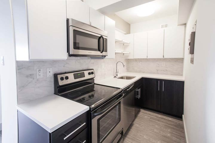 Studio 1 Bathroom Apartment for rent at Montclair On The Park in St Louis, MO
