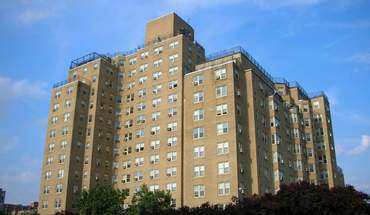 Montclair On The Park Apartment for rent in St Louis, MO