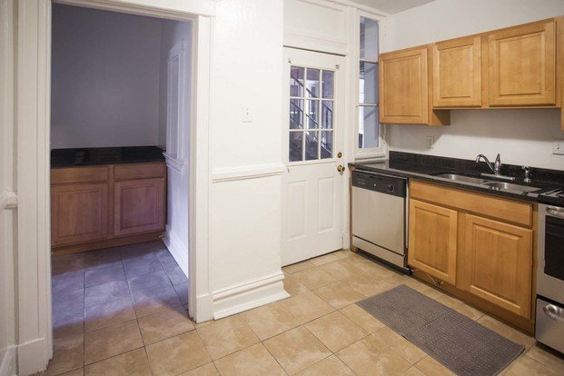 2 Bedrooms 1 Bathroom Apartment for rent at Vandy House in St Louis, MO