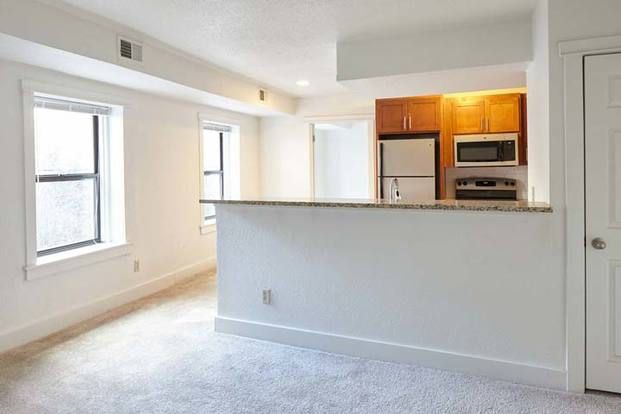 1 Bedroom 1 Bathroom Apartment for rent at The Richelieu in Kansas City, MO