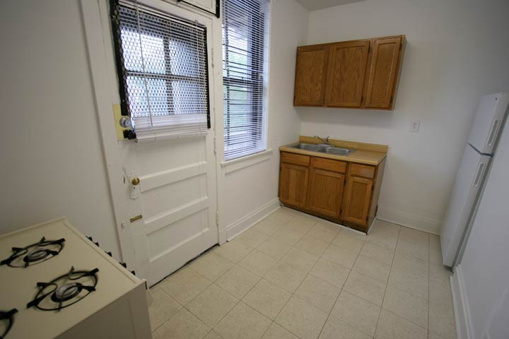 Studio 1 Bathroom Apartment for rent at 5202-5210 S. Cornell Avenue in Chicago, IL