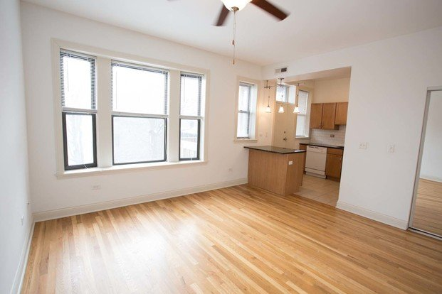 2 Bedrooms 1 Bathroom Apartment for rent at 5301-5307 S. Maryland Avenue in Chicago, IL