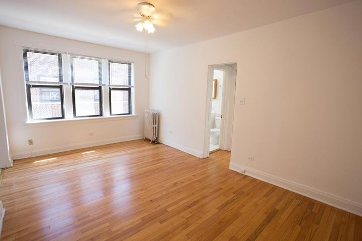 Studio 1 Bathroom Apartment for rent at Ellis Court in Chicago, IL