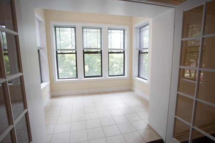4 Bedrooms 3 Bathrooms Apartment for rent at 5118 S. Greenwood in Chicago, IL