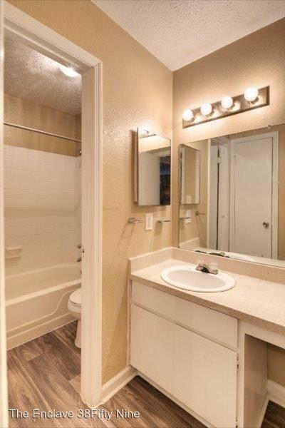 3 Bedrooms 2 Bathrooms Apartment for rent at 3859 Austin Cir in Decatur, GA
