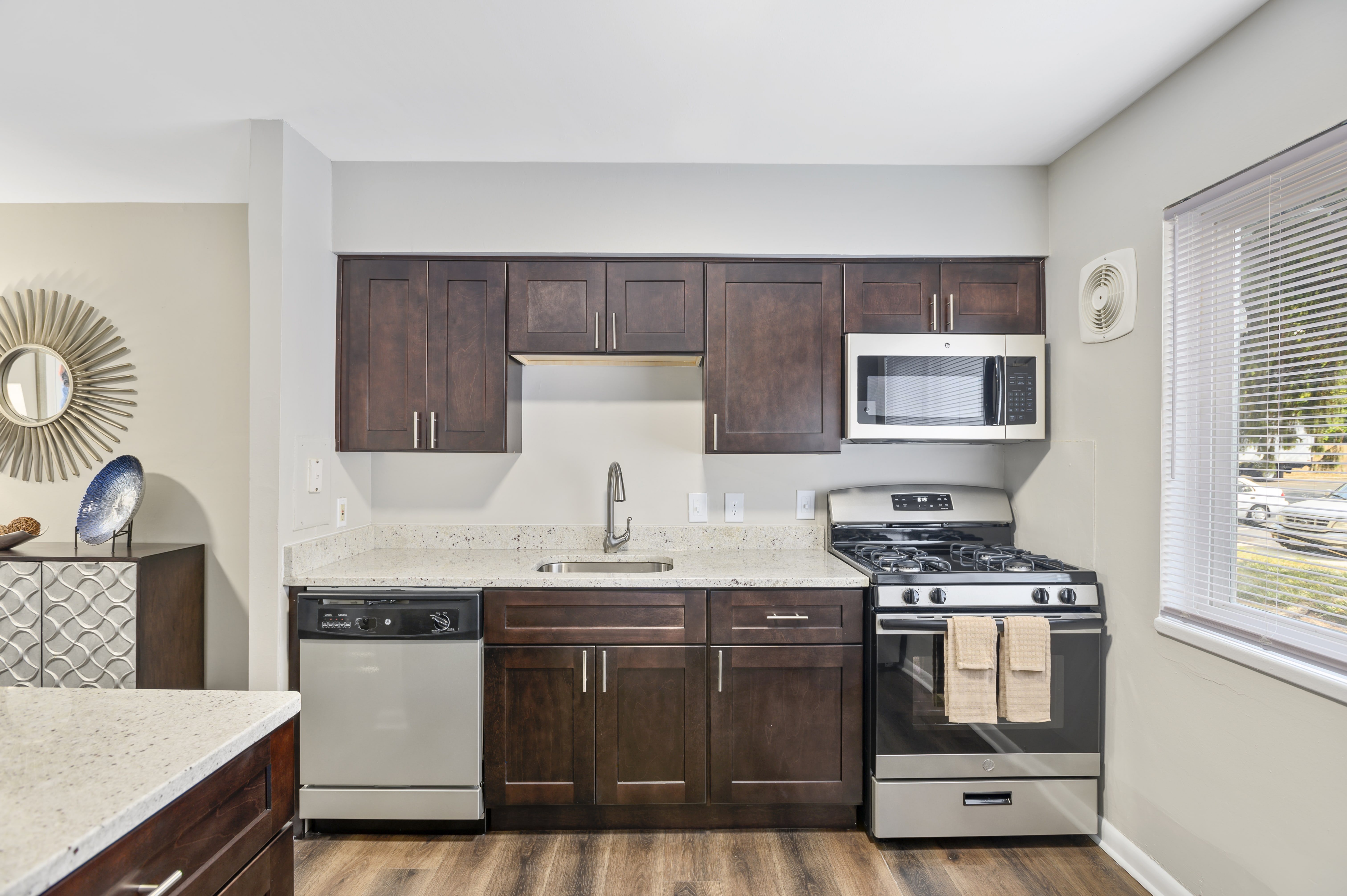 Crystal Woods of Alexandria for rent