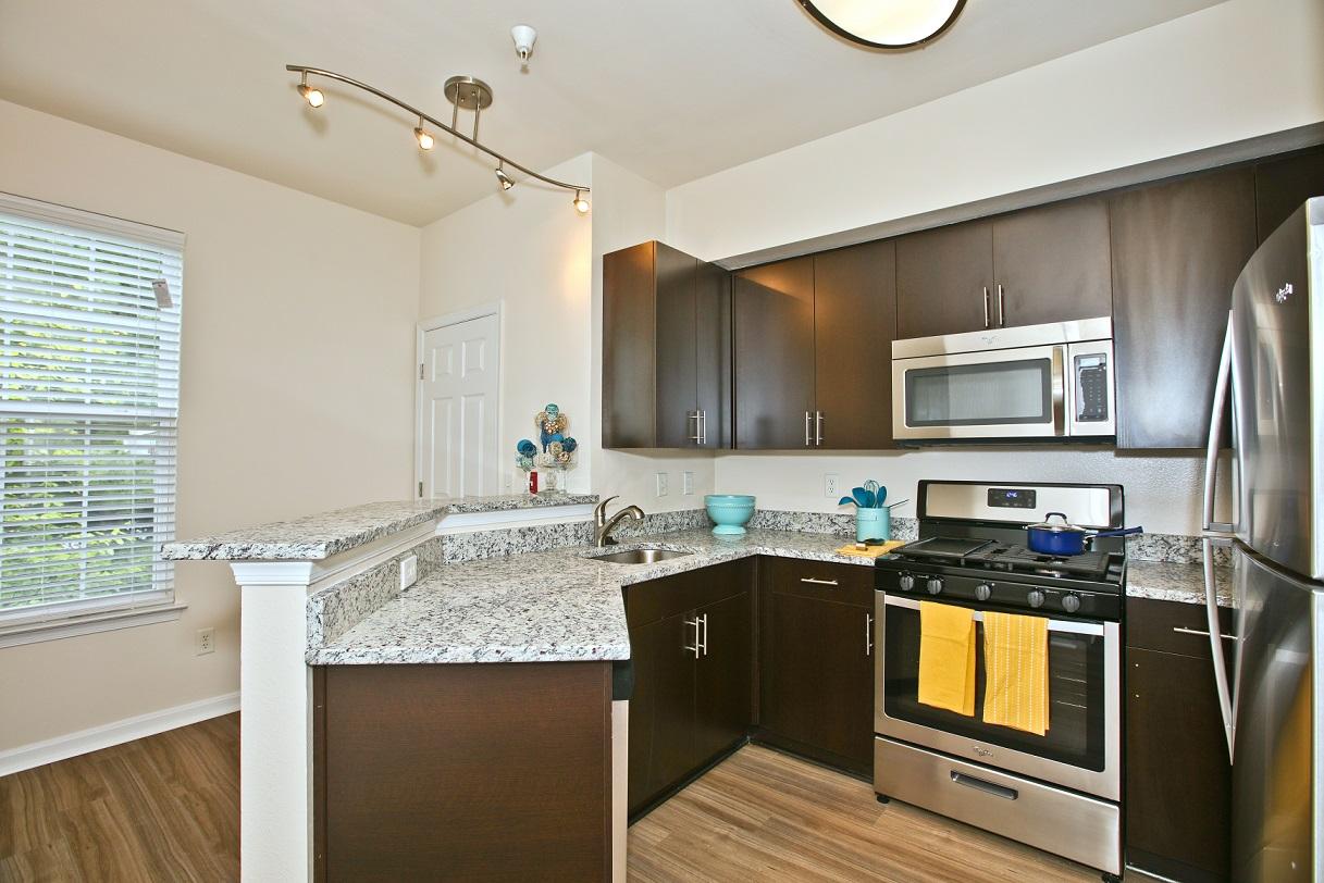Apartments Near Ashburn Broadlands for Ashburn Students in Ashburn, VA
