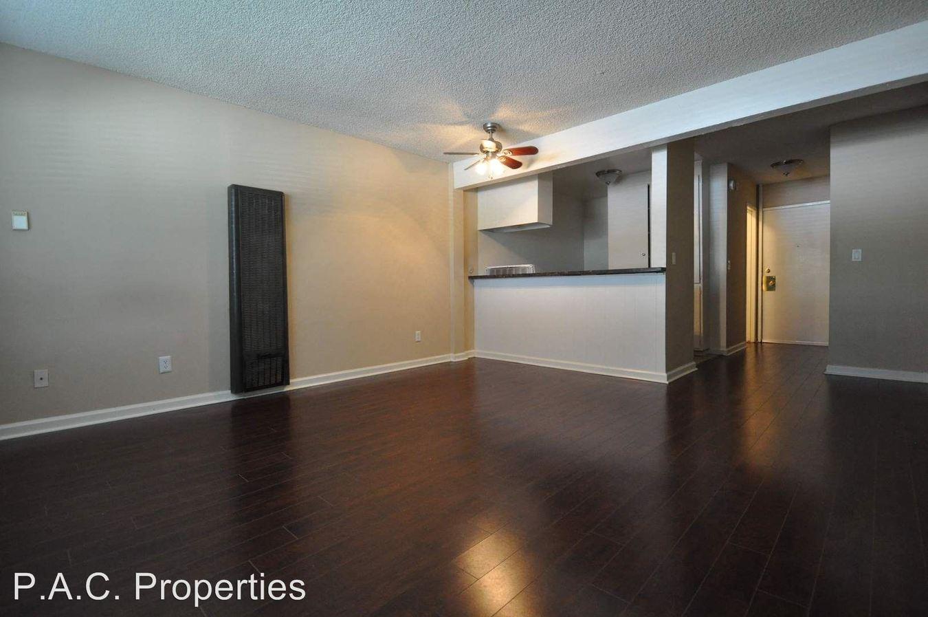 Studio 1 Bathroom Apartment for rent at 7350 Kester Avenue in Van Nuys, CA