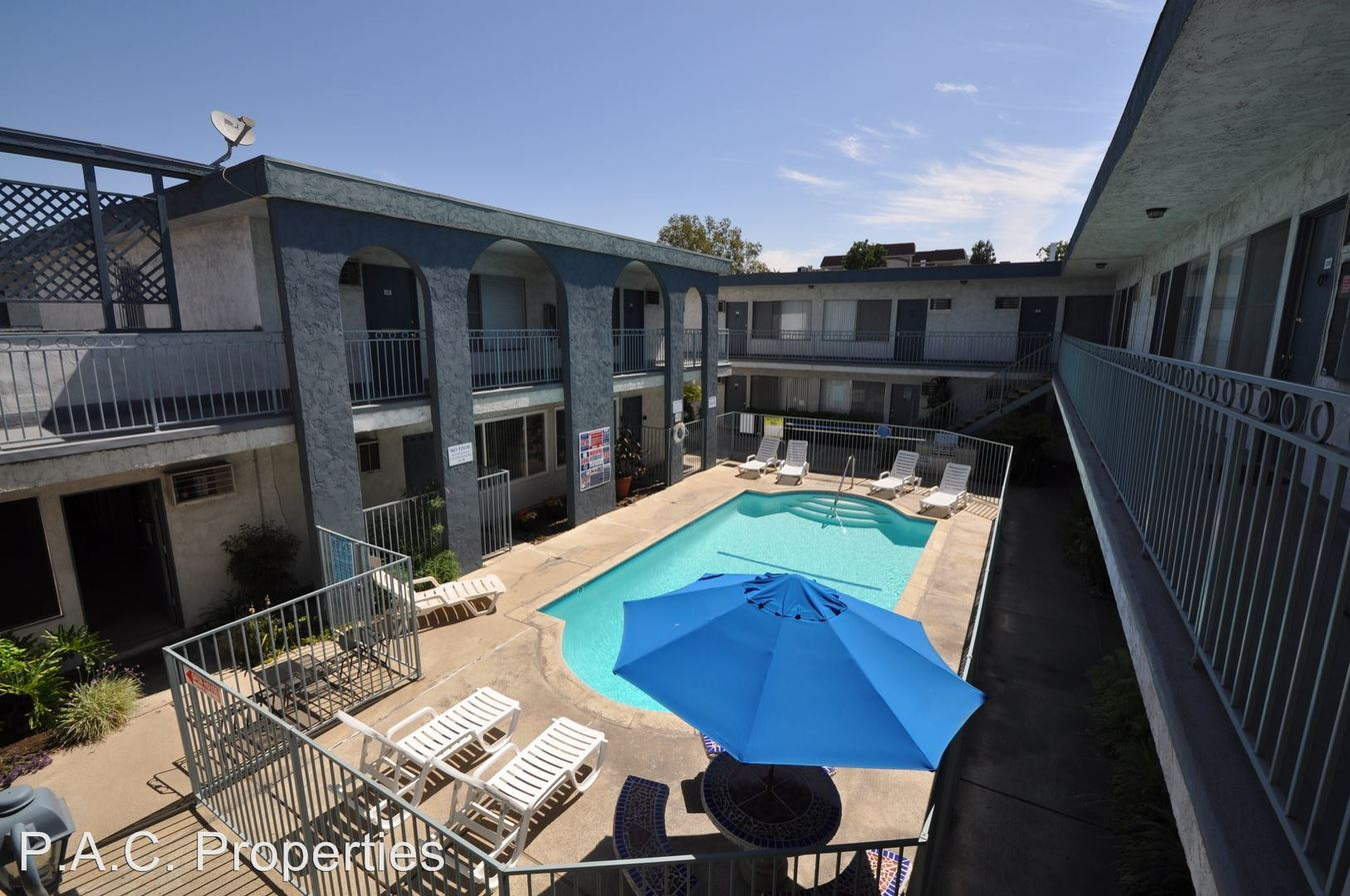 Studio 1 Bathroom Apartment for rent at 12255 Burbank Blvd in Valley Village, CA