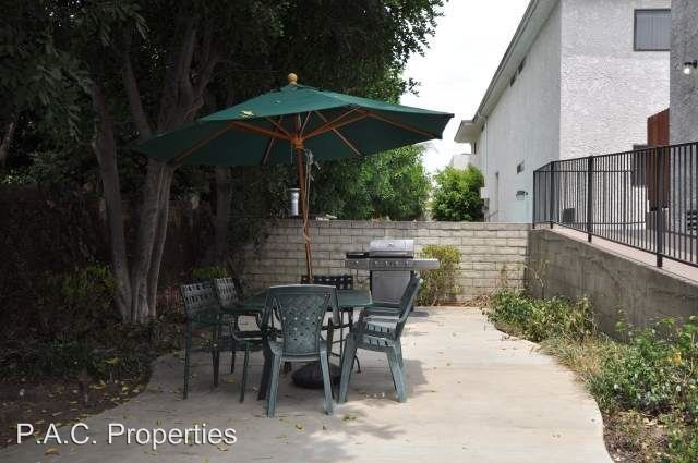 1 Bedroom 1 Bathroom Apartment for rent at 5921 Whitsett Avenue in Valley Village, CA