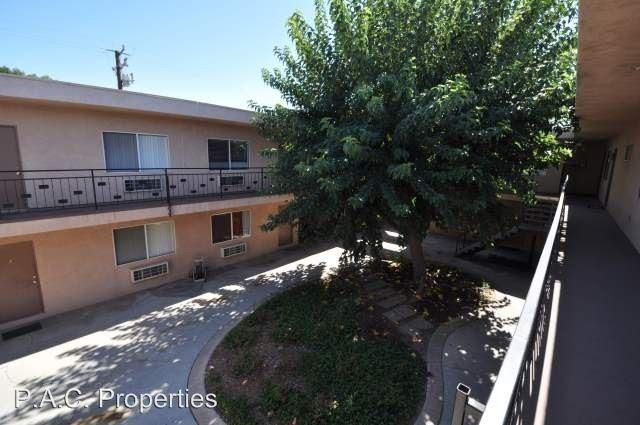 Apartments Near CalArts 24913-24925-24933 Walnut Street for California Institute of the Arts Students in Valencia, CA