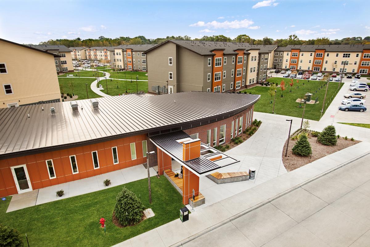 Apartments Near University of Iowa Aspire at West Campus for University of Iowa Students in Iowa City, IA