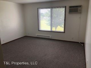 2 Bedrooms 1 Bathroom Apartment for rent at 1216 South G Avenue in Nevada, IA