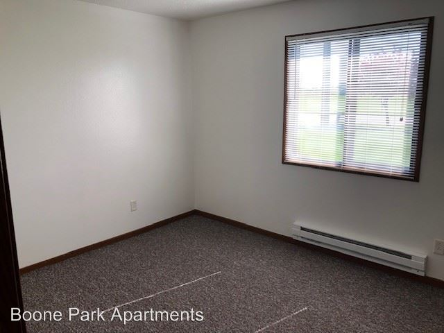 2 Bedrooms 1 Bathroom Apartment for rent at 1127 South Linn St in Boone, IA
