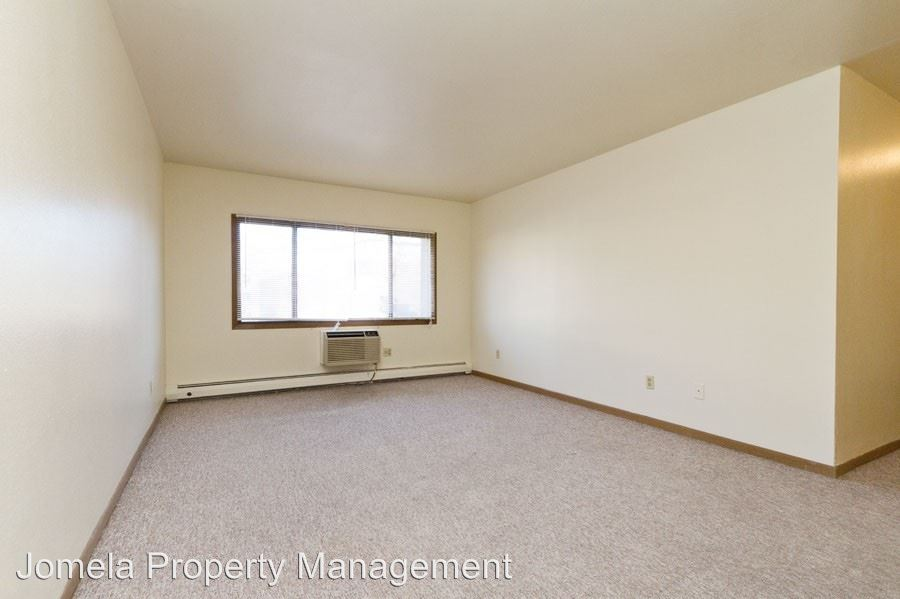 2 Bedrooms 1 Bathroom Apartment for rent at 835 N. 23rd Street in Milwaukee, WI