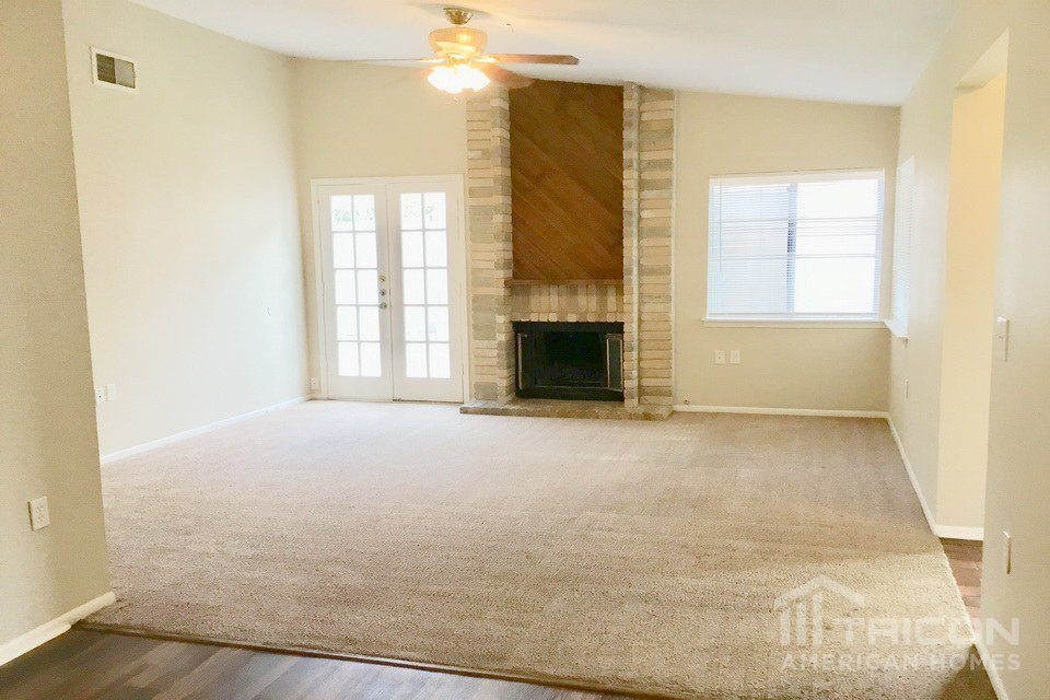 3 Bedrooms 2 Bathrooms House for rent at 16622 Boulder Ridge Street in San Antonio, TX