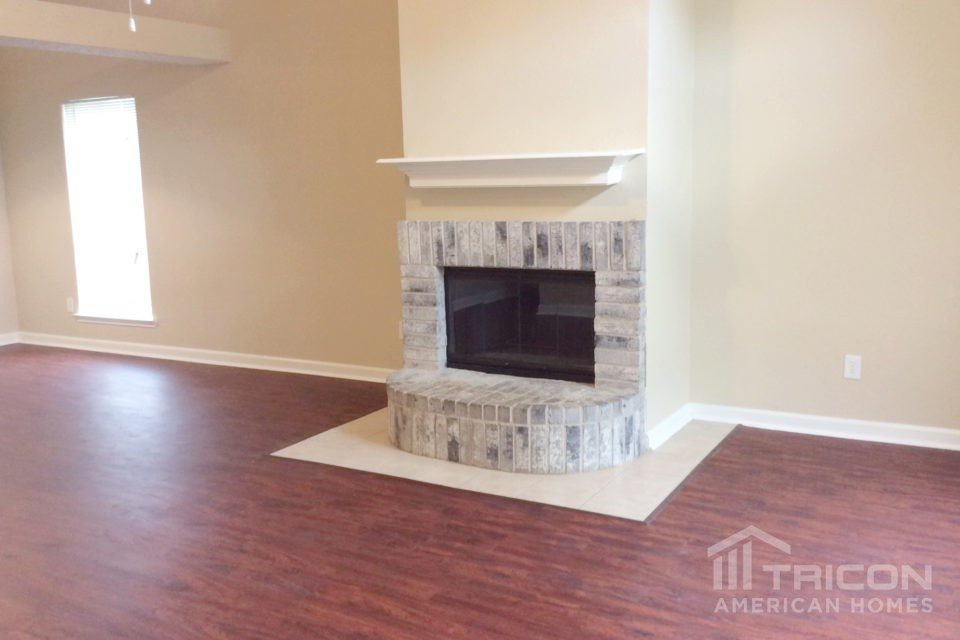 3 Bedrooms 2 Bathrooms House for rent at 2087 Palomino Trail in Keller, TX