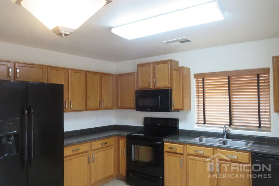 2 Bedrooms 2 Bathrooms House for rent at 3194 W Tanner Ranch Road in Queen Creek, AZ