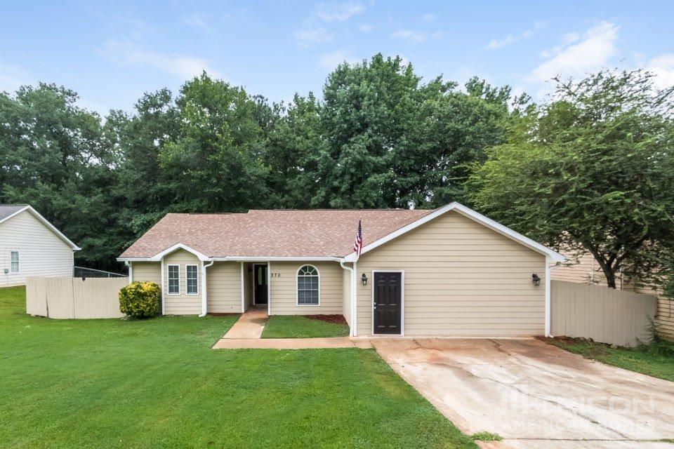 3 Bedrooms 2 Bathrooms House for rent at 270 Rosewood Drive Mcdonough Ga in Mcdonough, GA