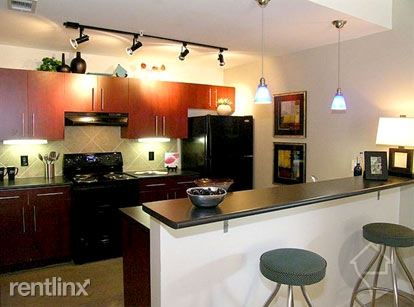 2 Bedrooms 2 Bathrooms Apartment for rent at 237 W 3rd St in Austin, TX