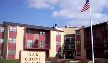 Oak Grove Manor