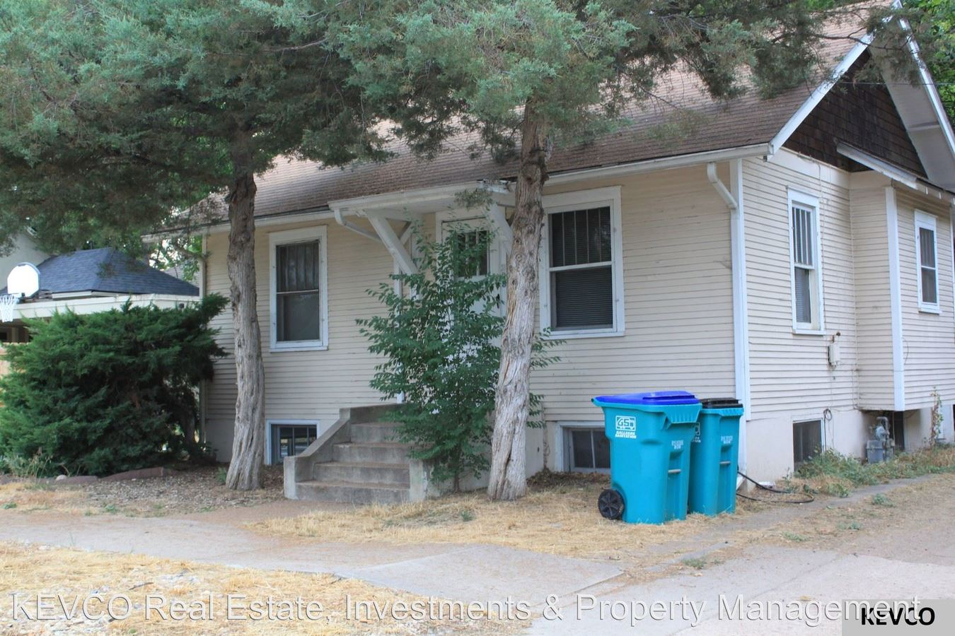 2 Bedrooms 1 Bathroom Apartment for rent at 208 E Pitkin St in Fort Collins, CO