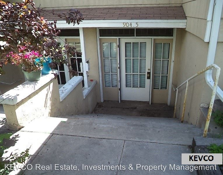 2 Bedrooms 1 Bathroom Apartment for rent at 902-904 Remington St in Fort Collins, CO