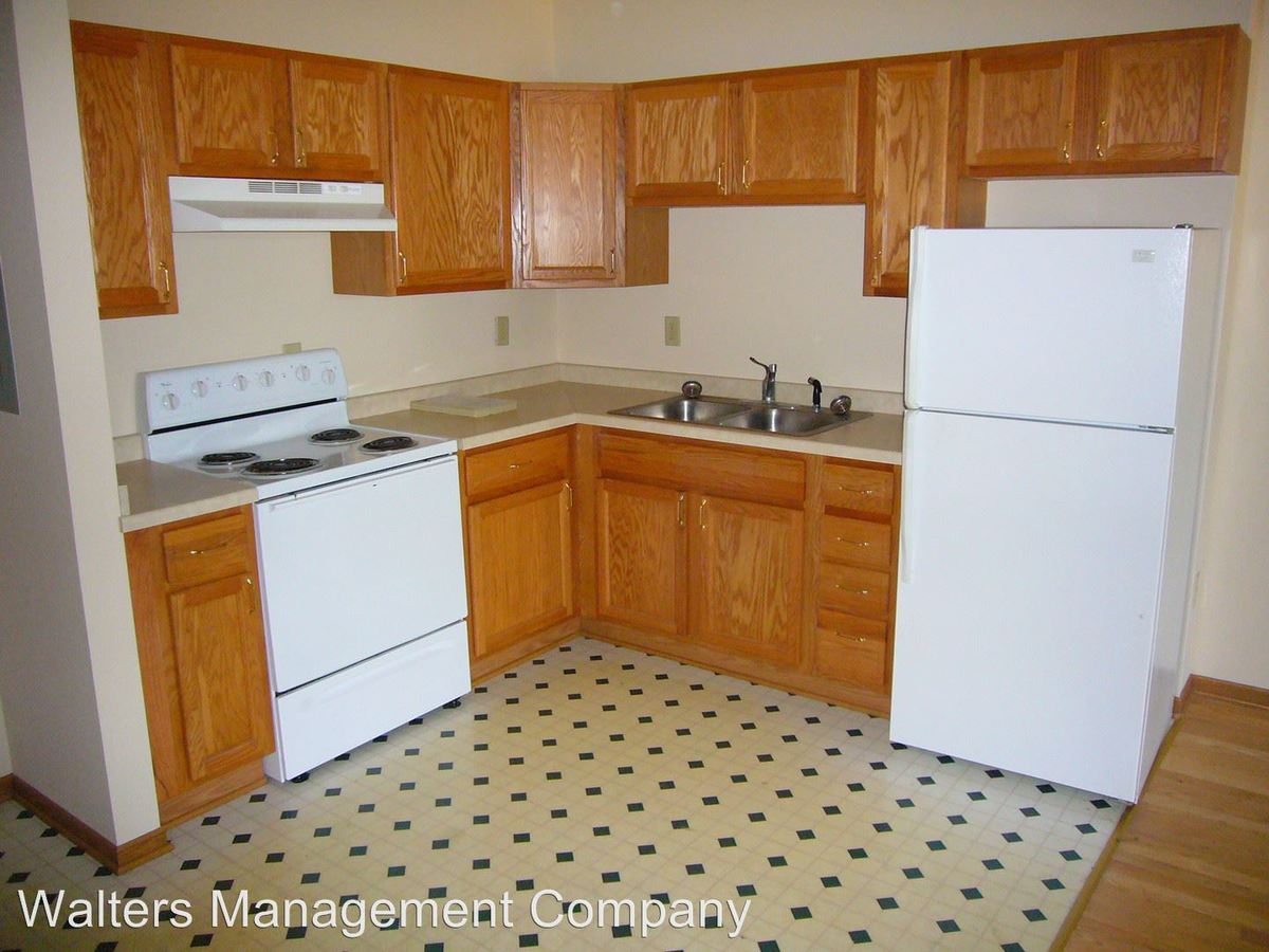1 Bedroom 1 Bathroom Apartment for rent at 328 W. Broadway in Waukesha, WI