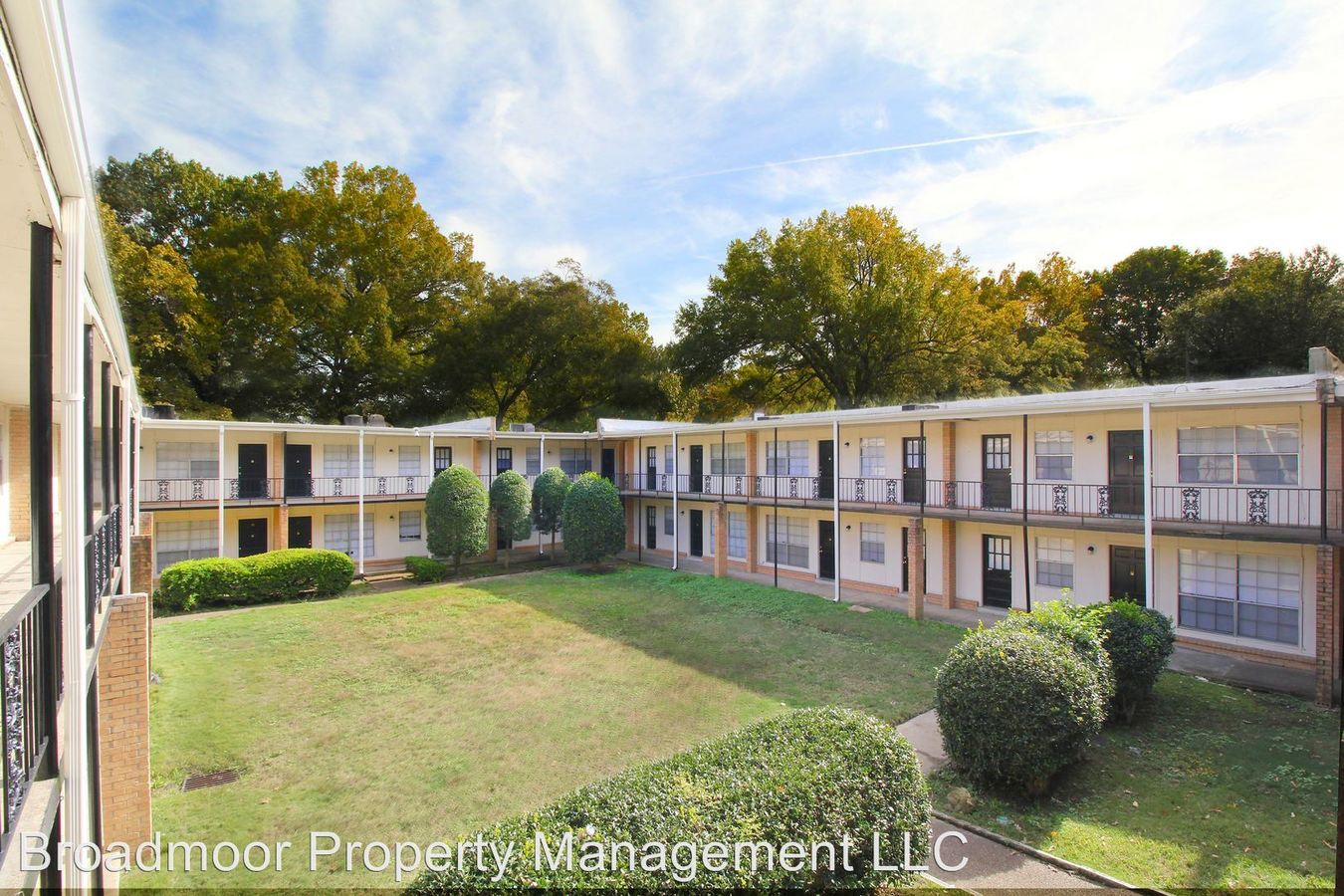 2 Bedrooms 1 Bathroom Apartment for rent at 3636 Spottswood Ave in Memphis, TN