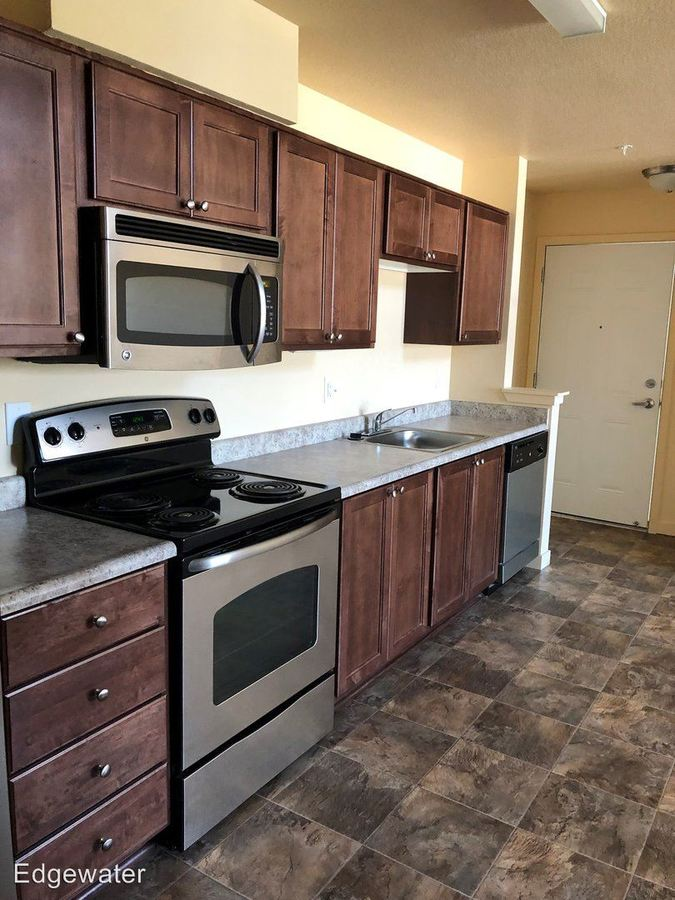 1 Bedroom 1 Bathroom Apartment for rent at 2890 Waterfront St. 2810 Waterfront St in Astoria, OR
