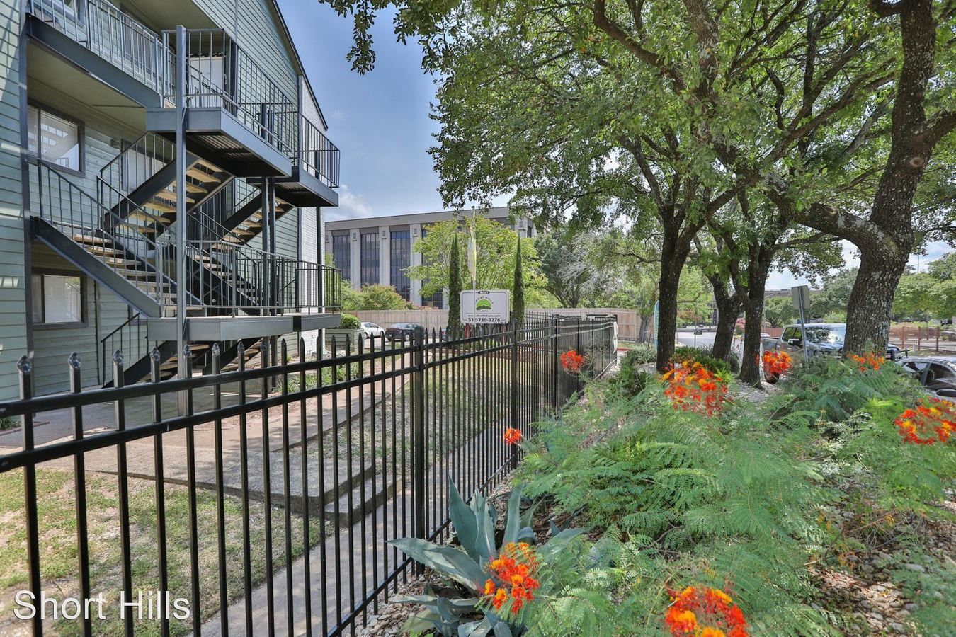 2 Bedrooms 2 Bathrooms Apartment for rent at Short Hills South in Austin, TX