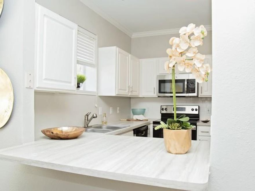Mandolin Apartments Euless, TX
