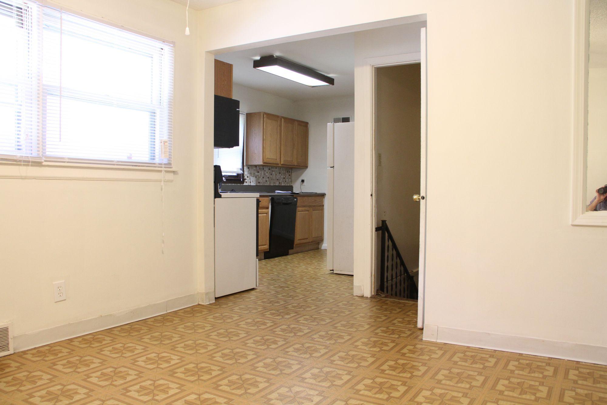 Apartments Near Champaign 801 S. State St for Champaign Students in Champaign, IL