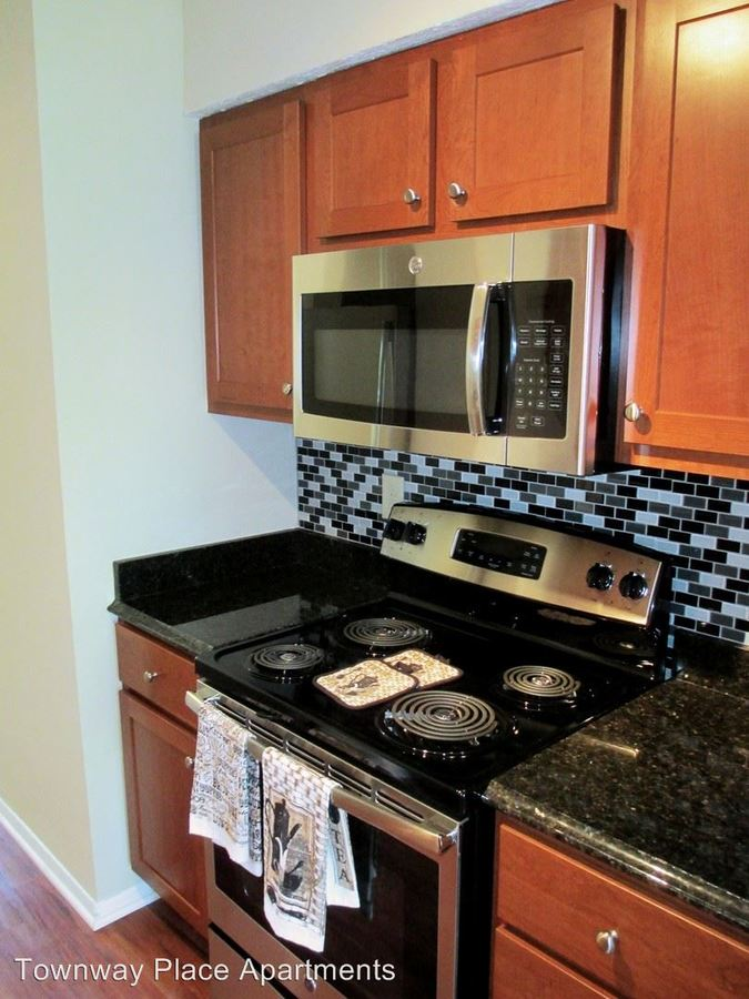 2 Bedrooms 1 Bathroom Apartment for rent at 2730 Townway Rd in Danville, IL
