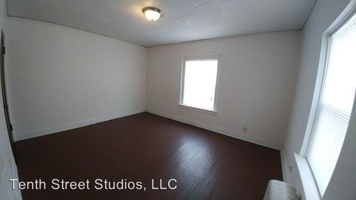 Studio 1 Bathroom Apartment for rent at 923 Douglas Ave in Sioux City, IA