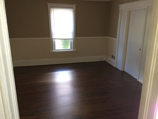 1 Bedroom 1 Bathroom House for rent at 927 Drake Street in Madison, WI