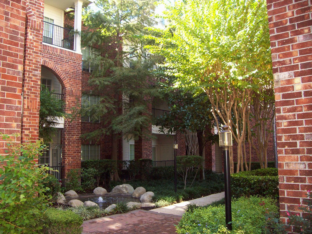 Post Oak Park Apartments Houston, TX