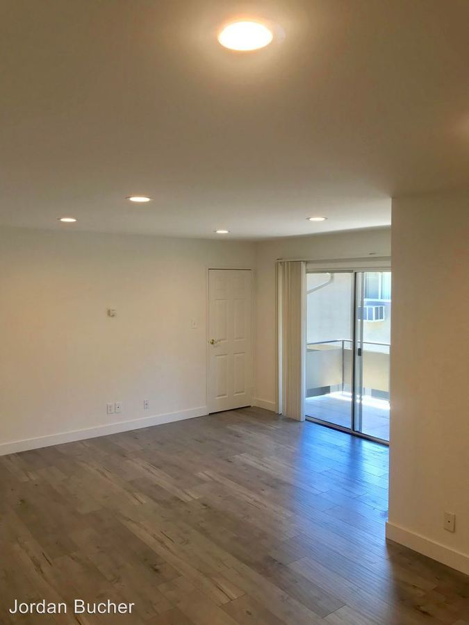 1 Bedroom 1 Bathroom Apartment for rent at 908-912 Rich Avenue in Mountain View, CA