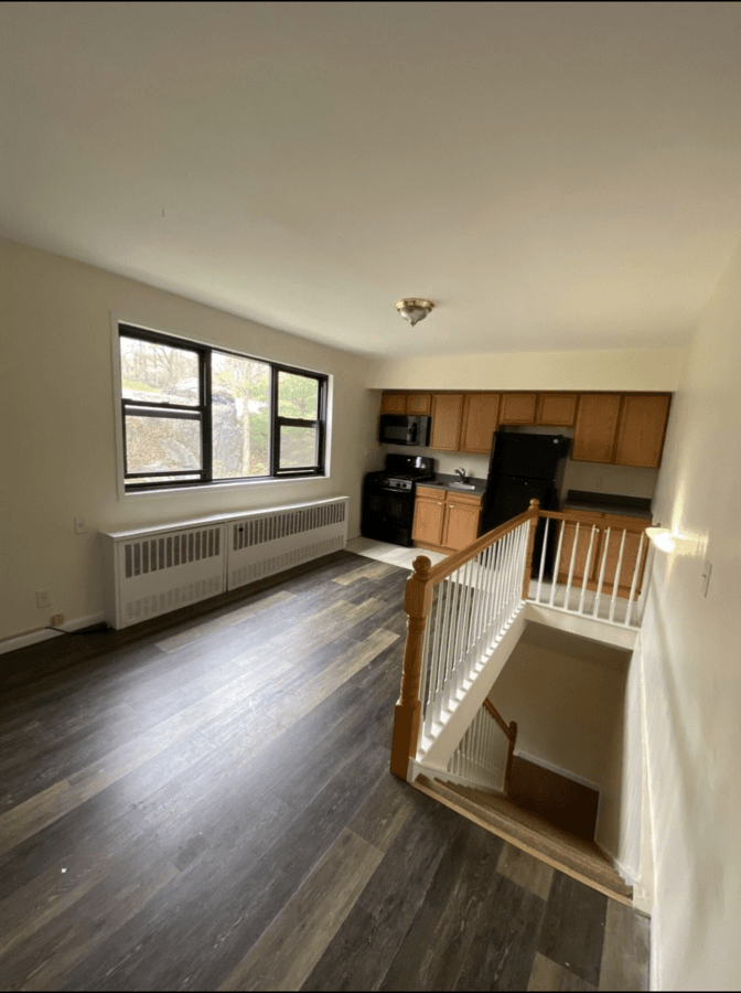 1 Bedroom 1 Bathroom Apartment for rent at Beacon Hill Drive in Dobbs Ferry, NY