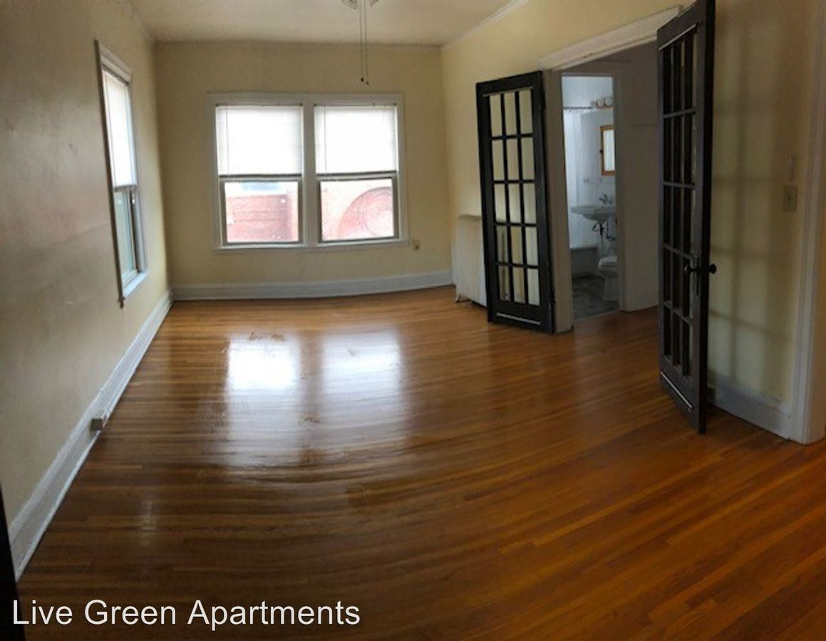 Studio 1 Bathroom Apartment for rent at 194 Summit Ave in St Paul, MN