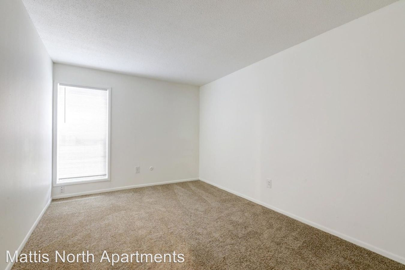 2 Bedrooms 1 Bathroom Apartment for rent at 2006 N. Mattis Avenue in Champaign, IL