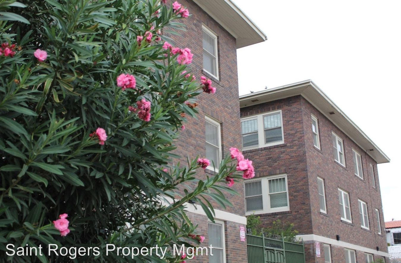 2 Bedrooms 1 Bathroom Apartment for rent at 1715 & 1717 N. Stanton in El Paso, TX