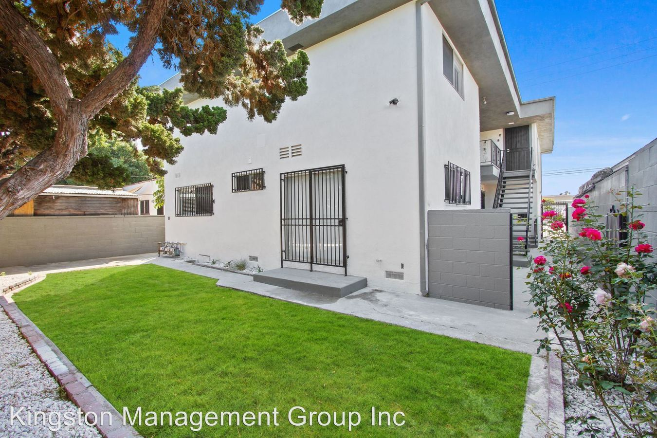 2 Bedrooms 2 Bathrooms Apartment for rent at 4511 W. 120th St in Hawthorne, CA