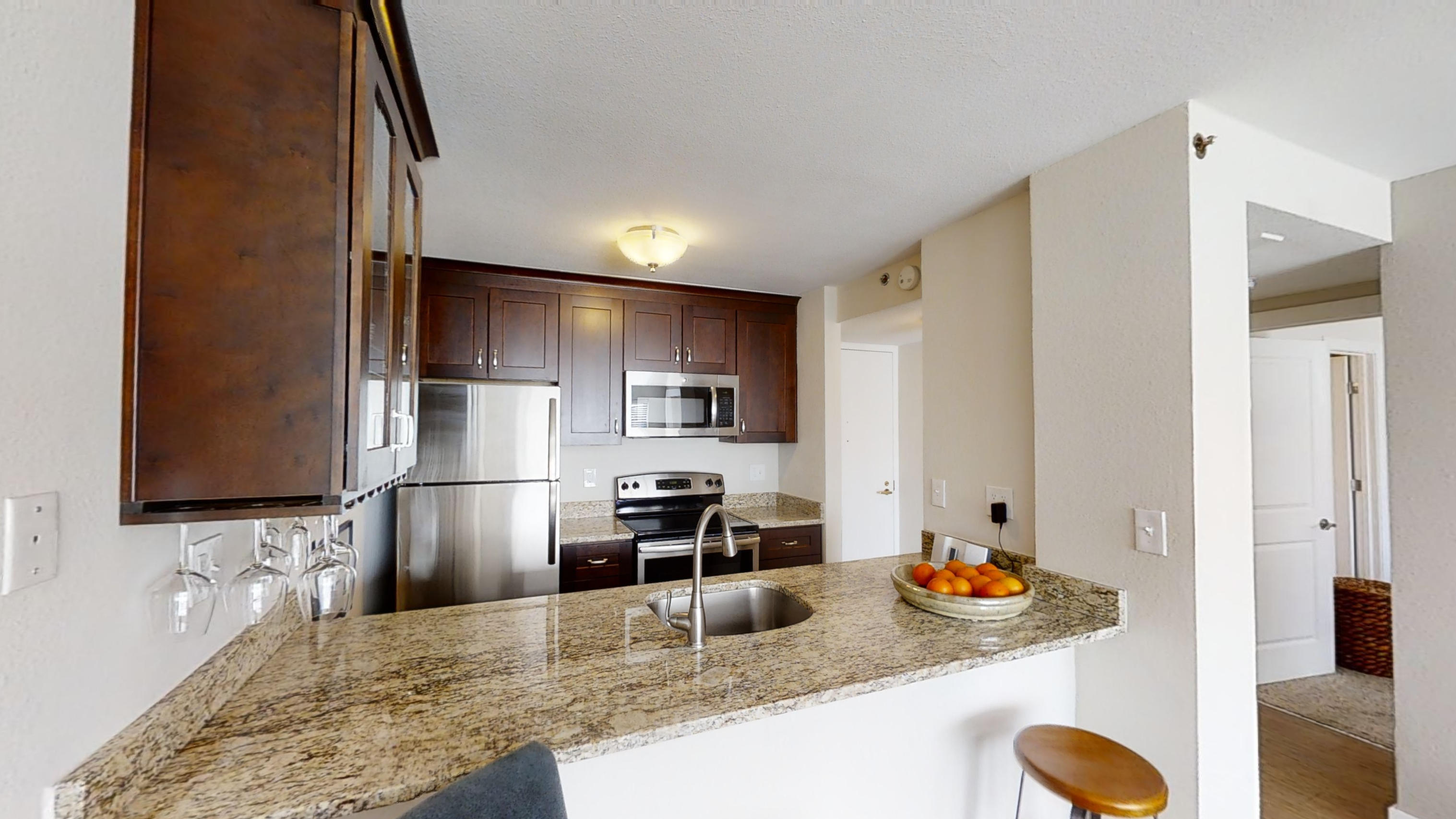 Country Club Towers Apartments photo